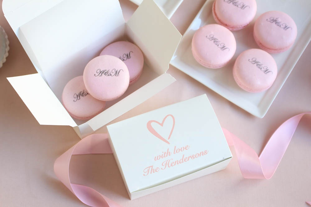 pink wedding, heart themed wedding, classic wedding, pink and gold wedding, blush pink wedding, classic heart wedding, wedding box, cake box, pink macaron, wedding macaron, personalized macaron, custom macaron, custom cake box, personalized cake box, printed cake box