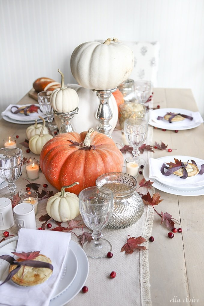 pumpkin centerpiece as a thanksgiving centerpiece