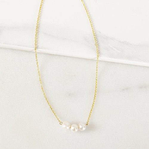 Gold Three Pearl Necklace
