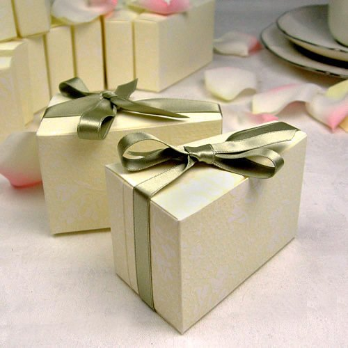 Wedding Cake Favor Boxes