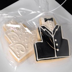 Tuxedo and Dress Wedding Cake Cookie