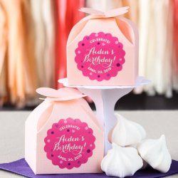 Personalized Scalloped Birthday Labels