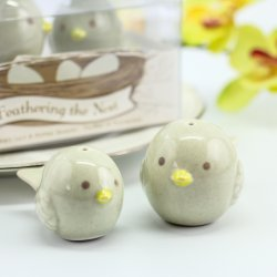 Feathering the Nest Ceramic Birds Salt and Pepper Shakers