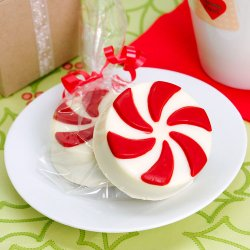 Candy Design White Chocolate Covered Oreo Cookie