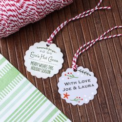 Personalized Scalloped Holiday Gift Tags