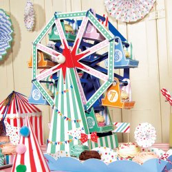 Toot Sweet Cupcake Ferris Wheel Centerpiece