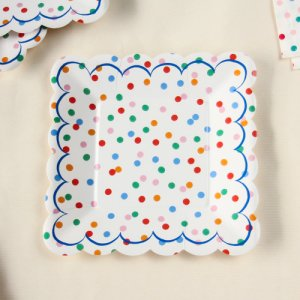 "Toot Sweet Spotty 7"" Party Plates"