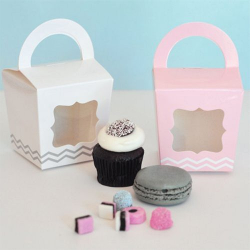 Treat Totes with Personalized Birthday Tags