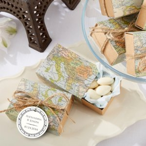 Map Favor Boxes with Personalized Tags