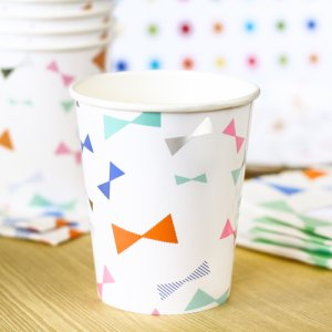 Toot Sweet Bow Pattern Party Cups