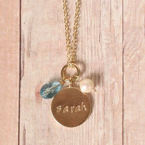 Custom Round Name Pendant Necklace in Gold