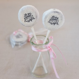 Custom Bridal Sprinkle Oreo Pop
