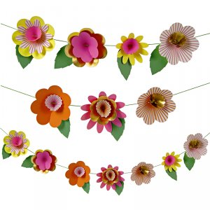 Fancy Flowers Garland