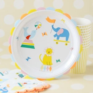 "Circus Party 9"" Plates"