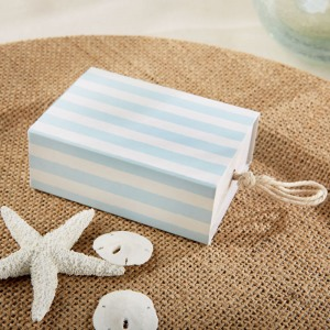 Stripe Favor Box with Rope