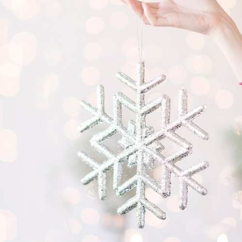 dangling snowflake winter decoration
