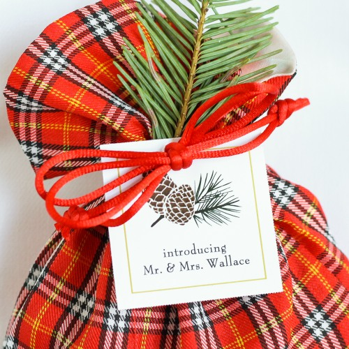 Personalized Pinecone Themed Wedding Tag